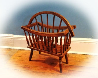 VINTAGE MAGAZINE RACK or Canterbury - 1950s Colonial Revival in Maple