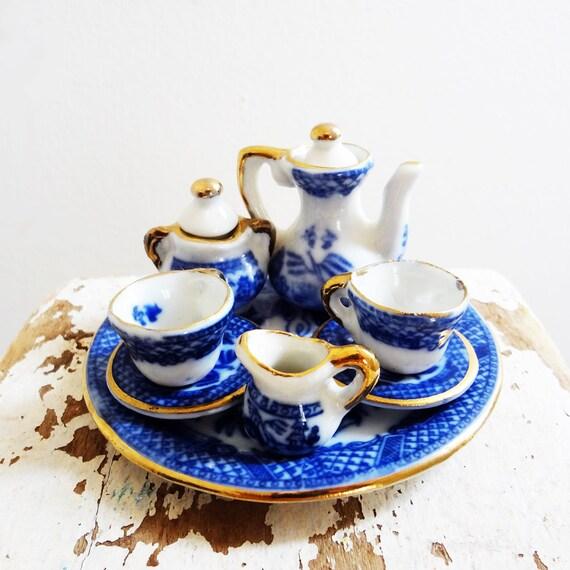 Vintage Miniature Tea Set, Blue Willow