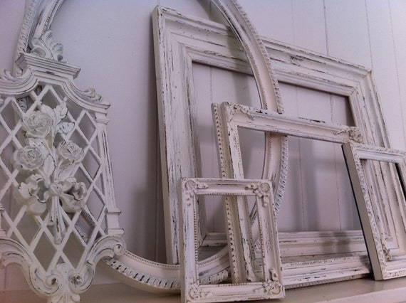 Oval White Shabby Chic Frame Set Distressed Vintage Frames Mother Goose Upcycled Painted Wedding Beach Decor