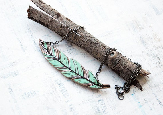 Mint Green Wooden Fether Pendant Necklace
