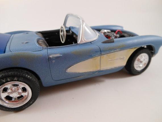 early Corvette 1/24 scale model car in blue