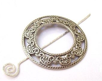 Silver Shawl Pin, Filigree Shawl Pin, silver scarf pin, silver hair slide, oxidized, victorian, fall fashion, silver filled, round, frame