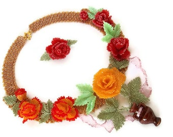 Tea Rose - Beadwork  Necklace. Seed Bead Flower Necklace.