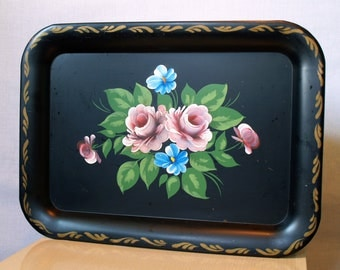 40s LOVELY HANDPAINTED TOLEWARE Antique Home Decor Tray Pretty Pastel Vintage Pink Roses in a Romantic Style by Nashco New York