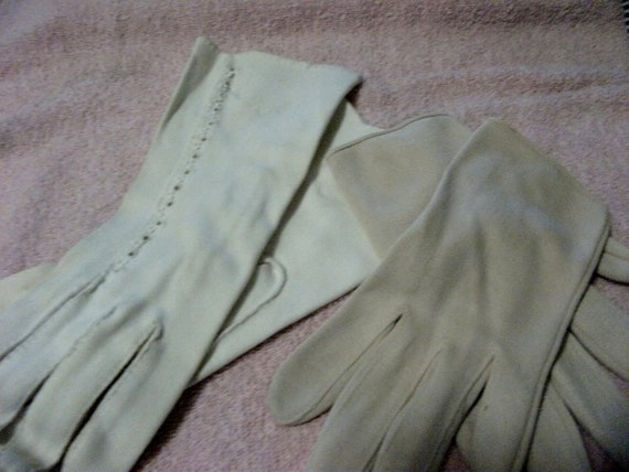 Vintage Ladies Gloves One Pair Beaded Dress Gloves and Everyday Pair Gloves 3.50 USD
