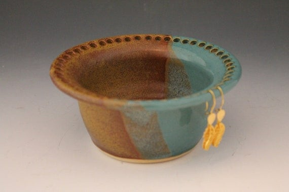 Earring holder / jewelry bowl / blue and brown