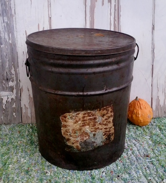 Antique primitive metal bucket vintage industrial home for Old metal buckets