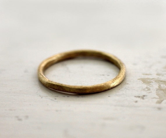 Reserved. Rustic wedding band. 18k gold. Nara.
