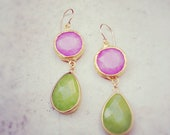 summer fashion long  DUAL girly pink and apple green stones gemstone earrings textured matte golden frame gemstone earrings Israel