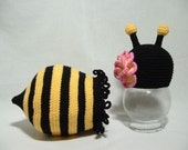 Ruffle Cocoon and Flower Hat Bumble Bee Set - Newborn ( 0 - 3 ) Outfit - Photo Prop Gift for Baby Shower