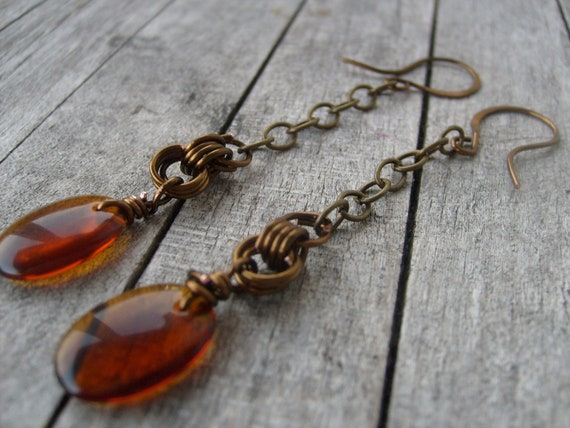 Amber Glass Earring - Romantic  - Antique finish - celtic knot - metal chain - smooth glass - brown glass - forged ear ear