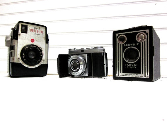 Vintage Camera Collection Kodak Brownie Bullseye Target Six 20 Retina 1A  Collection of 3 Kodak Cameras