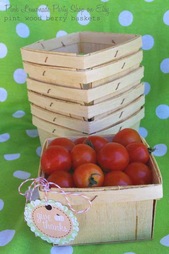 WooD BERRY BASKETS--2 DOZEN-24ct-Fall Party Favor Baskets--Weddings--Showers--Farm Birthday Parties--24