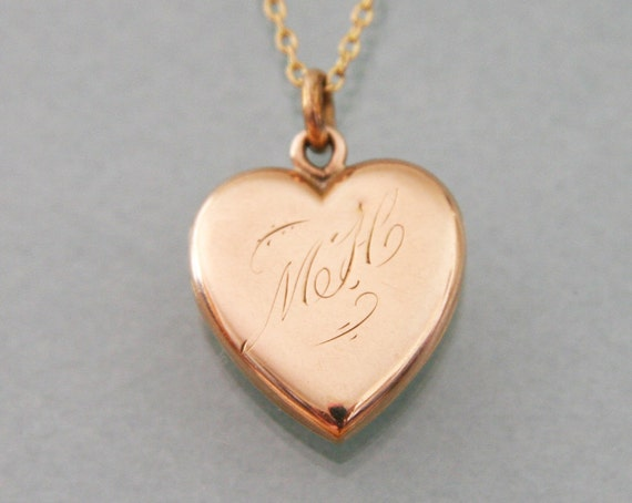 Antique Edwardian Gold Heart Locket -:- 1900s-1910s