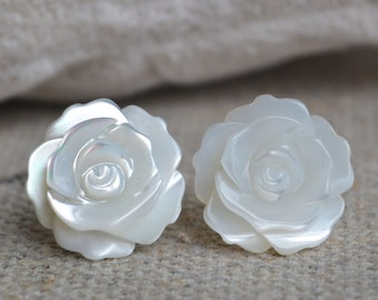white shell flower earring, 14mm rose earring, shell flower earring stud, sterling silver earrings, bride earrings, flower earrings