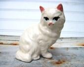 Sweet kitteh figurine fluffy white cat