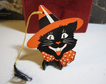 1930's-40's art deco die cut Halloween bridge tally black cat  wearing witches hat and polka dot bow unused