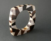 Horn Mother of Pearl Bangle. 80s Bold Geometric. Two Tone.
