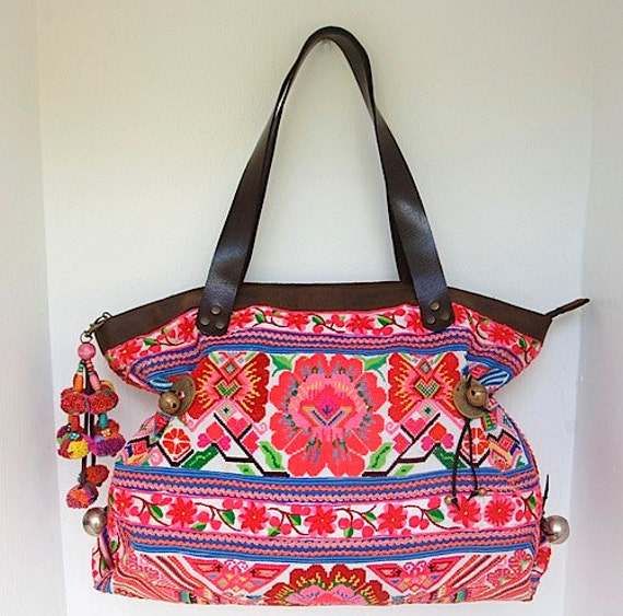 AMAZING Handbag Vintage Embroidered Cloth Hmong Bag - Genuine Leather Strap (BG015L.804%)