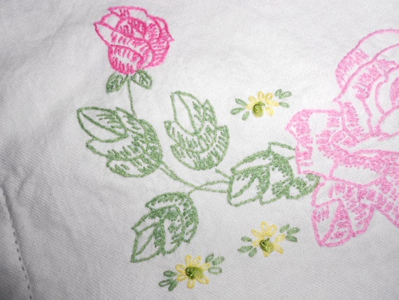 Vintage LInen Dresser Scarf with roses Antique Textile Mid Century