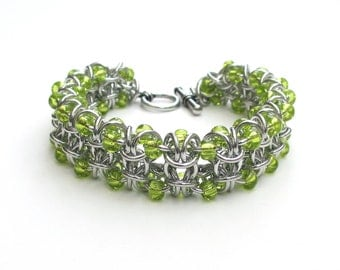Chartreuse Beaded Gridlock Byzantine chainmail bracelet
