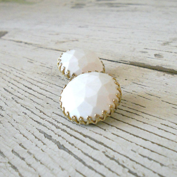 Vintage Earrings - White and Gold, Clip, Mod, Geometric