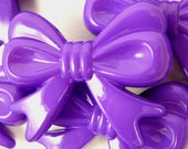 6 Chunky Beads, BIG PURPLE bow bubblegum beads, acrylic craft beads, 36mm long, 46mm wide, 9mm thick