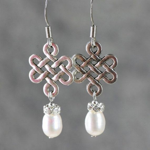 Pearl Irish knot dangle earrings bridesmaids gifts Free US Shipping handmade Anni designs