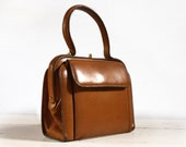 Great little Vintage French REAL LEATHER  handbag