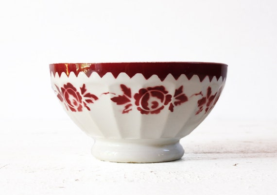 1 LOVELY vintage French BOWL  bols cafe au lait  - with roses motif