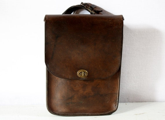 Amazing old french real leather BAG - BRIEFCASE with great patina