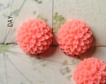 15 mm Pink Resin Dahlia Flower Cabochons (.sm)