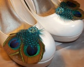 Bridal Shoe Clips, Peacock Feather Shoe CLips,  Feather Shoe Clips, Wedding Shoe Clips, Shoe Clips for Wedding Shoes Bridal Shoes, Clip Ons