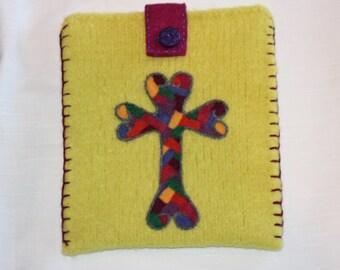 Wool Felted Pouch - Cross My Heart