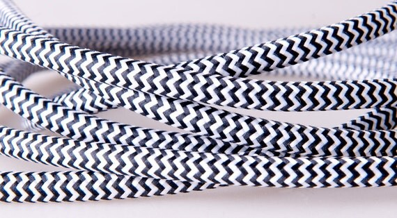 Fabric braided cable, black & white