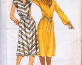 Butterick 5248 Hooded A-Line Dress Misses Size 12 Vintage 1970s Uncut and Complete