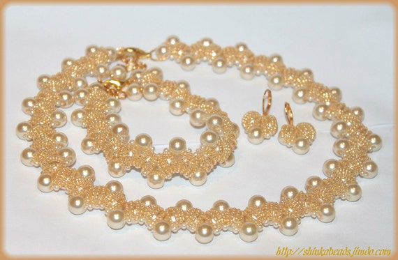 BRIDAL jewelry set accessory Vanilla cream champagne ivory royal pearl wedding necklace bracelet and earrings pearls and seed beads