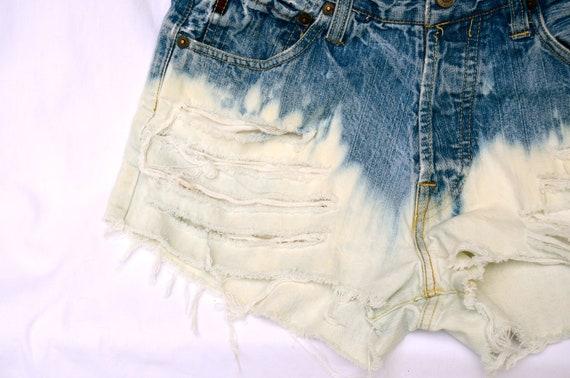 High Waisted Dip Dye Vintage Shorts