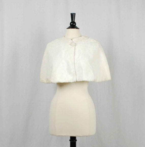 1950s White Velvet Capelet // Vintage Ivory Wrap From A Specialty House Fashion // S M L