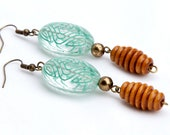Green Design Beads with Wood Corrugated Beads Earrings