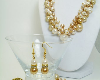 Pearl Cluster Necklace, Champagne and ivory pearls cluster necklace, chunky jewelry, bridesmaid jewelry, golden necklace, bridesmaid set.