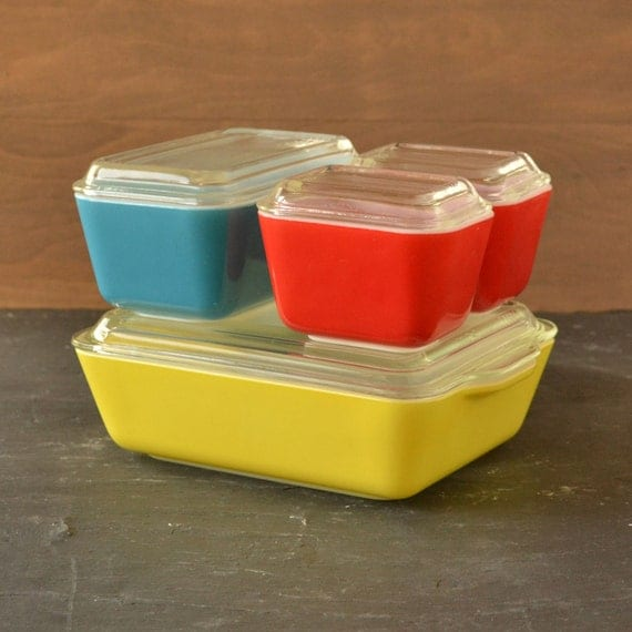 Vintage Pyrex Primary Colors Refrigerator Set with Glass Lids