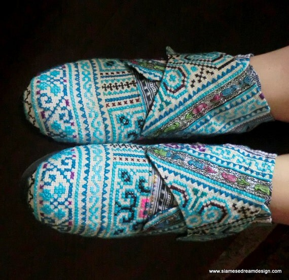 Retro Ankle Bootie Vegan Shoe In Ice Blue  Hmong Embroidery