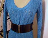 Vtge sexy bombshell pinup clingy blue aqua crochet lace cutout  sweater womens sm-med