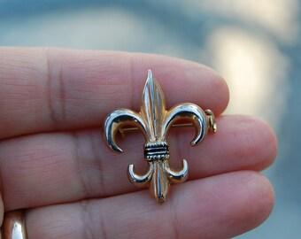 vintage FLEUR DE LIS pin brooch