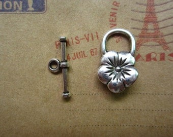 20pairs antique silver flower toggle clasp R20643