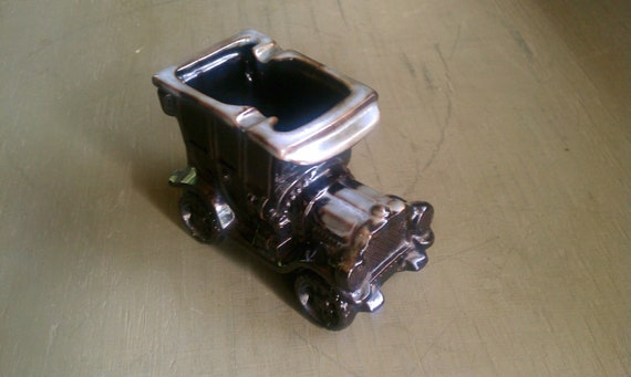 Relpo Model T Ceramic Ashtray or Planter