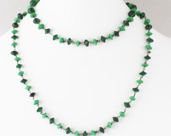 Green Glass Vintage Long Wire Necklace