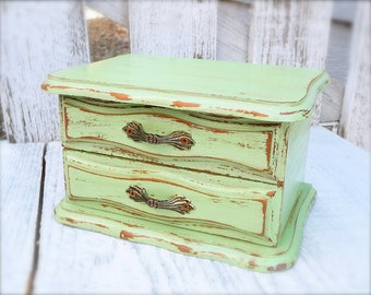 S H A B B Y  C H I C Box - Little Green Shabby Chic Jewelry Box
