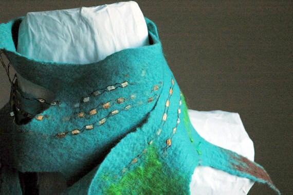 Felt scarf, Turquoise,  Tide pool